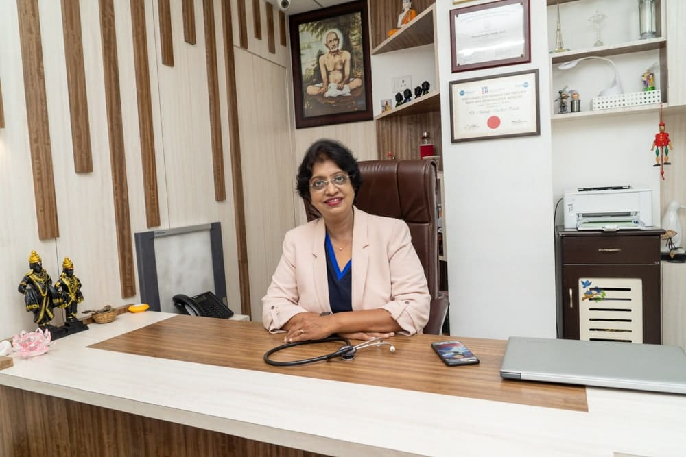 Dr. Manik Kale, MD. DGO. Sion PG. First female laparoscopic surgeon and IVF specialist in Thane